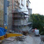 Fortgeschrittene Mauerarbeiten am Pfeiler